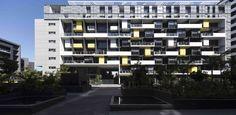 Completed in 2014 in Zetland, Australia. Images by Brett Boardman, Richard Glover, SIX MAP . This multi-unit project in Zetland, aka 'Eton', is Stage 2 of the Emerald Park masterplan of the former Email industrial site that is situated on the...