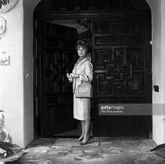 BEWITCHED - Agnes Moorehead At Home - March 26, 1965. (Photo by ABC Photo Archives/ABC via Getty Images)AGNES