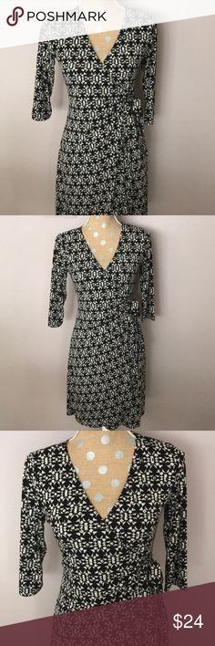 "Emma & Michele✨Classy Wrap Dress 3/4 sleeve black and off-white geometric pattern wrap dress. Great fabric, lays nice over body. Approx 33"" length. GUC Emma & Michele Dresses Midi"