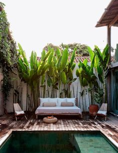 Méchant Design: Brazil summer house- outdoor living- outdoor space with a small pool. Outdoor Areas, Outdoor Rooms, Outdoor Living, Outdoor Decor, Outdoor Bedroom, Outdoor Lounge, Outdoor Daybed, Pool Lounge, Outside Living