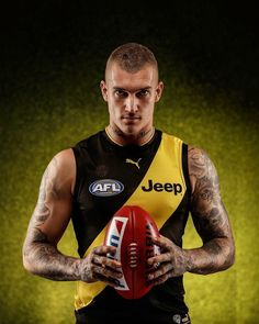 Remember me? Richmond Afl, Richmond Football Club, Rugby Players, Football Players, Simple Dress Pattern, Athletic Men, Sport Man, Attractive Men, Male Body