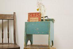 Turquoise Shoe Shine Box Stool With Brushes