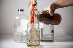 """La mayoría de las bebidas alcohólicas consumidas en México son tequila y mezcal, por lo cual su estructura """"es en pesos y automáticamente si exportas en dólar el tipo de cambio te beneficia"""", dijo Cristóbal Mariscal, vicepresidente de la Comisión para la Industria de Vinos y Licores."""