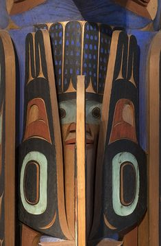 Detail from Duane Pasco Eagle Totem Pole, 1985. @cargocultist