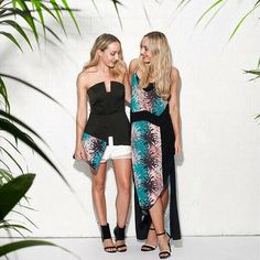 The beautiful Danyell + Nicole from http://whenwordsfail.org/ are wearing Pink Stitch 'Lost in Paradise' collection. The Evie Maxi and Clutch in this exclusive palm print are in store now.