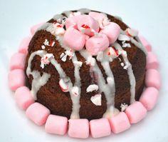 Peppermint Hot Cocoa Protein Mugcake: Tis the Season!! Enjoy a healthy seasonal mugcake :)  #mugcake #protein