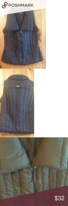 "Calvin Klein Vest Like new ""Down Filled"" puffer vest. Very warm and perfect for layering in fall and winter! Fits true to size. Calvin Klein Jackets & Coats Vests"