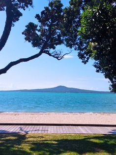 St Heliers Bay looking towards Rangitoto Island, Auckland, New Zealand. An incredibly beautiful climb up Rangitoto!
