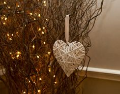 heart wedding tree theme