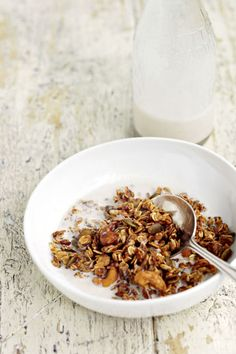 Healthy Breakfast Ideas - Protein Breakfast For Weight Loss - NUTTY GRANOLA For 14 grams of protein, Corrett and Edgson suggest eating this crunchy granola as cereal with one-half cup of non-fat milk.
