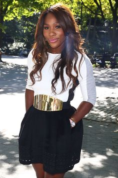 Serena Williams Photos Photos - 2013 US Open Champion Serena Williams of the United States smiles as she poses for a photo in Central Park on her New York City Trophy Tour on September 9, 2013 in New York City. - Serena Williams Celebrates Her US Open Win