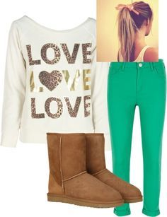 For a simple day out with your friends, or to the library and a quick stop at starbucks either way this outfit is C♡te!
