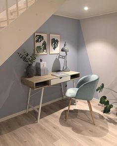 Green Home Office Brings Coolness in Summer Cheap Home Decor, Home Office Design, Home Office Decor, Home Goods Decor, Home And Living, Home Decor, House Interior, Room Decor, Home Deco