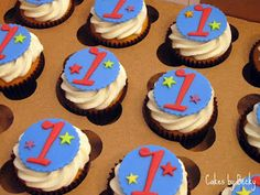 Cakes by Becky: Blue and Red First Birthday Cupcakes
