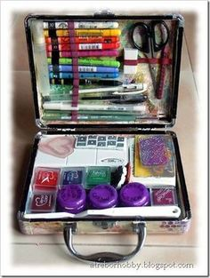 How to make an art journal kit.