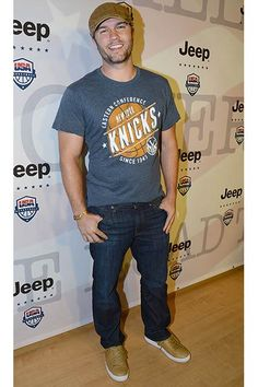 Hart Of Dixie Star Scott Porter. I can't resist a good looking man in a baseball cap!
