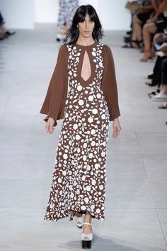 See the complete Michael Kors Collection Spring 2017 Ready-to-Wear collection.