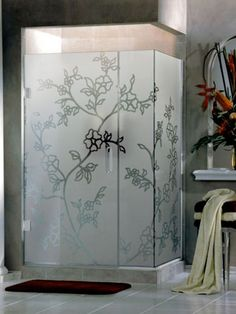 From our new shower enclosure designs: L-shaped shower enclosure made from frosted glass with clear floral design. Sandblasted Glass, Glass Door, Glass Shower Doors, Shower Enclosure, Doors Repurposed, Sliding Bathroom Doors, Glass Splashback, Glass Etching, Etched Glass Shower Doors