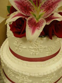 Beautiful Cake With Winter Snowflakes Wedding Gatlinburg Pigeonforge