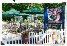We love BOSTWICK'S CHOWDER HOUSE, 277 Pantigo Road, East Hampton NY 11937