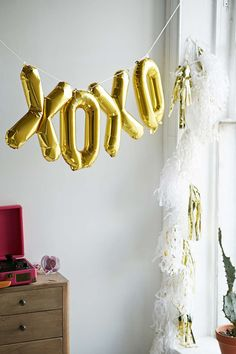 Northstar XOXO Balloon Kit - Urban Outfitters