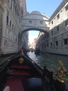 Bridge of sighs . Kiss and make a wish. Venice Italy