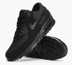 nike air max all black running shoes