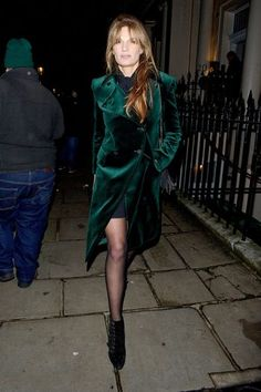 Danijela Pilic | Glam Slam | Stilkritik mit Glamour-Faktor || Last Night #fashion #lady #model #woman #girl #chic #business #city #street #style #outfit #casual #mini #actress #work #office #highheels #maxi #last #night #photography