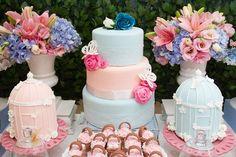 Festa de borboletas: delicada, em rosa e azul!