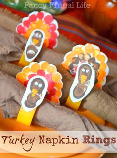 Thumbprint Turkey Napkins Rings Think Crafts Blog – Craft Ideas and Projects – CreateForLess » Kid's Crafts