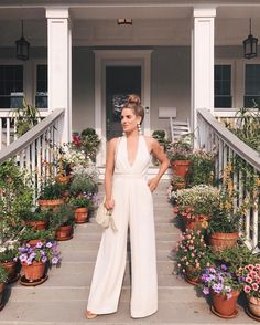 1.1m Followers, 374 Following, 4,656 Posts - See Instagram photos and videos from Julia Engel (Gal Meets Glam) (@juliahengel)