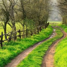 Country Road....take me home.....to the place I belong......❝❤❞