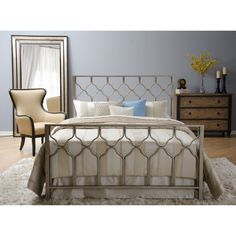 This Motif Design Honeycomb bed set features a beautiful geometric pattern on all sides of the bed frame, making it unique from other sets. The brushed gold finish will enhance any bedroom color scheme.