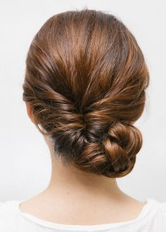 Quick and Classy Wedding Hairstyle