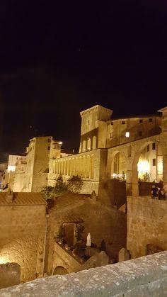 Good night from Pitigliano Maremma Tuscany Italy #bedandbreakfast #lacasadeicarrai