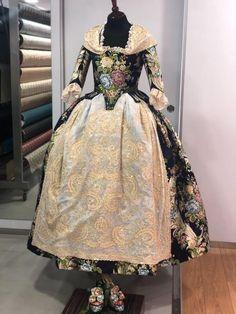 FMV2020-Roa Victorian, Dresses, Fashion, Black Outfits, Female Clothing, Vestidos, Moda, Fashion Styles, The Dress