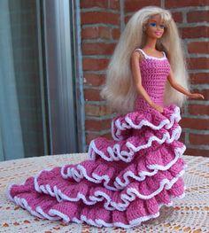 http://www.leentjes.net/foto09/barbie05.jpg