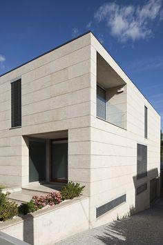 Atelier Nuno Lacerda Lopes - Manuel Rei House