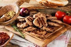 köfteci yusuf Bistro Restaurant, Cafe Bistro, Turkish Recipes, Ethnic Recipes, Food Photography Tips, Homemade Beauty Products, Health Fitness, Chicken, Meat