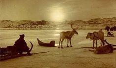 """Fotografi av Ellisif Wessel med tittel """"Postskibet ventes til iskant utenfor Kirkenes 15. mai kl 121/2 nat 190?"""""""