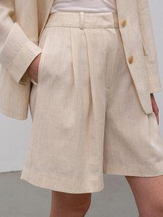 Kindersalmon Premium Wool Linen Bermuda Pants - Ivory on Garmentory Trendy Outfits, Summer Outfits, Cute Outfits, Fashion Outfits, Womens Fashion, Fashion Trends, Dress To Impress, Korean Fashion, Ideias Fashion