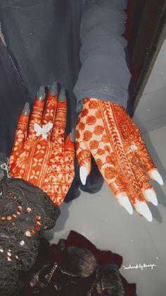 Pretty Henna Designs, Full Mehndi Designs, Khafif Mehndi Design, Indian Henna Designs, Latest Bridal Mehndi Designs, Stylish Mehndi Designs, Mehndi Designs For Girls, Mehndi Design Photos, Wedding Mehndi Designs