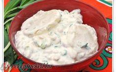 Tejfölös, babos krumplisaláta recept fotóval