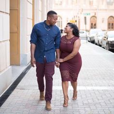Couple Photoshoot Ideas Plus Size Couple In Love, Black Love Couples, Photo Couple, Cute Couples, Couple Goals, Couple Things, Engagement Outfits, Engagement Couple, Engagement Photos