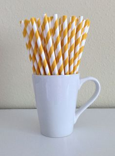 25 Paper Straws - Golden Yellow and White Striped Party Straws and DIY Printable Drink Flags / Wedding / Birthday / Baby Shower