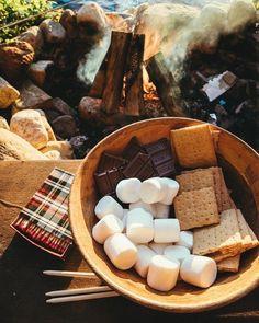Fall Picnic at Castle Island Boston - Extra Petite Marshmallows, Lunch Boxe, Autumn Cozy, Autumn Fall, Hello Autumn, Autumn Aesthetic, Night Aesthetic, Autumn Inspiration, Fall Season