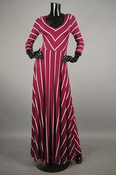 *** New Style *** Figure Flattering Knit Maxi Dress in Classic Stripes with Cinched Waist.