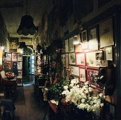 Restaurants die man im Raum Larnaka besucht haben sollte: Das Art Café 1900 Bar & Restaurant ist für alle Foodies und Wine lover ein total romantischer Platz! Fragt nach den Gerichten des Tages: Es lohnt sich :-) #zypernurlaub #lebeseelischeidentität #cyprusholidays Art Café, Change My Life, Restaurants, Instagram, Romantic Places, Worth It, Restaurant