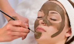 Natural Anti-aging chocolate face mask made in your blender