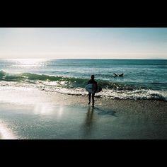 【masamasaari】さんのInstagramをピンしています。 《おはようございます。 神奈川県鎌倉市七里ガ浜東 #鎌倉 #kamakura #海岸 #beach #海 #sea #スナップショット #snapshot #街撮り #streetphotography #landscape #ig_photooftheday #everydayjapan #filmisnotdead #フィルム写真 #filmphotography #フィルム #film #フィルムカメラ #filmcamera #Canon #EOS7 #EF40mm #fujifilm #業務用100 #フィルム写真普及委員会  #フィルムに恋してる #ふいるむ寫眞 #ig_street #igw_street》